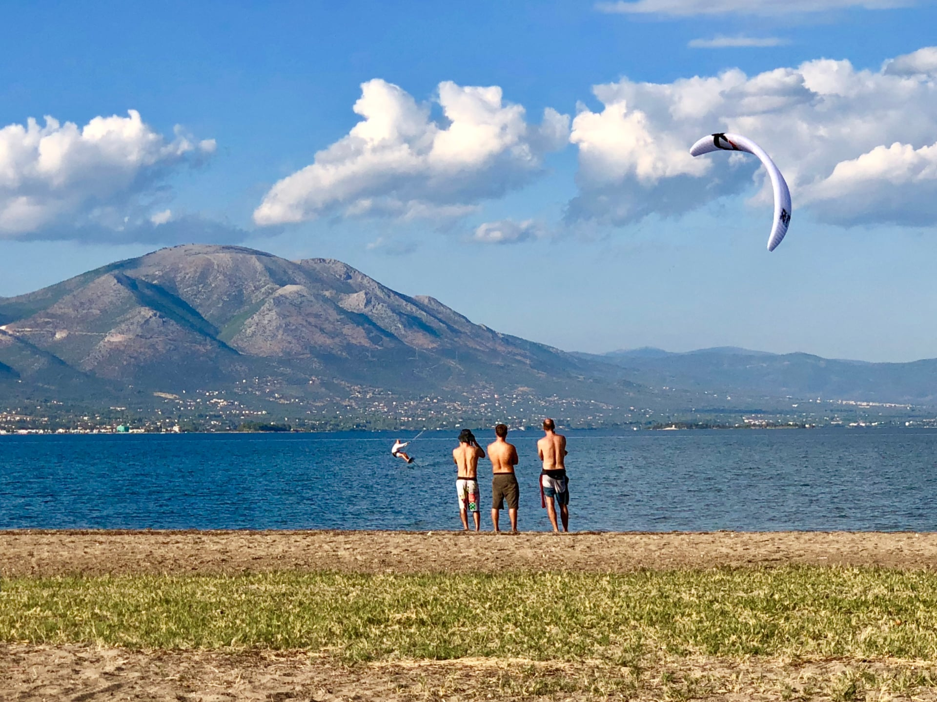 Cameron light wind kitefoiling in Greece - with Epic Kites Kiteboarding