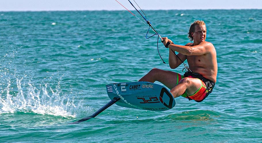 Cameron testing the new CAMET board & CHUBANGA wing - with Epic Kites Kiteboarding