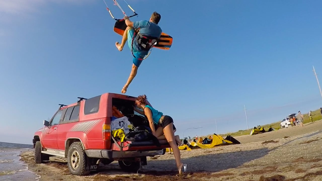 Demo kite fight - with Epic Kites Kiteboarding