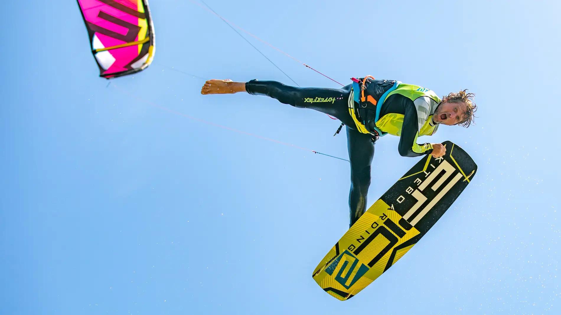 EPIC CRASHES 6 No pain No gain - with Epic Kites Kiteboarding