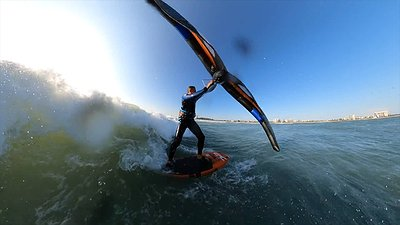 Epic infinity v3 kite waveriding on an sup in very light breeze video