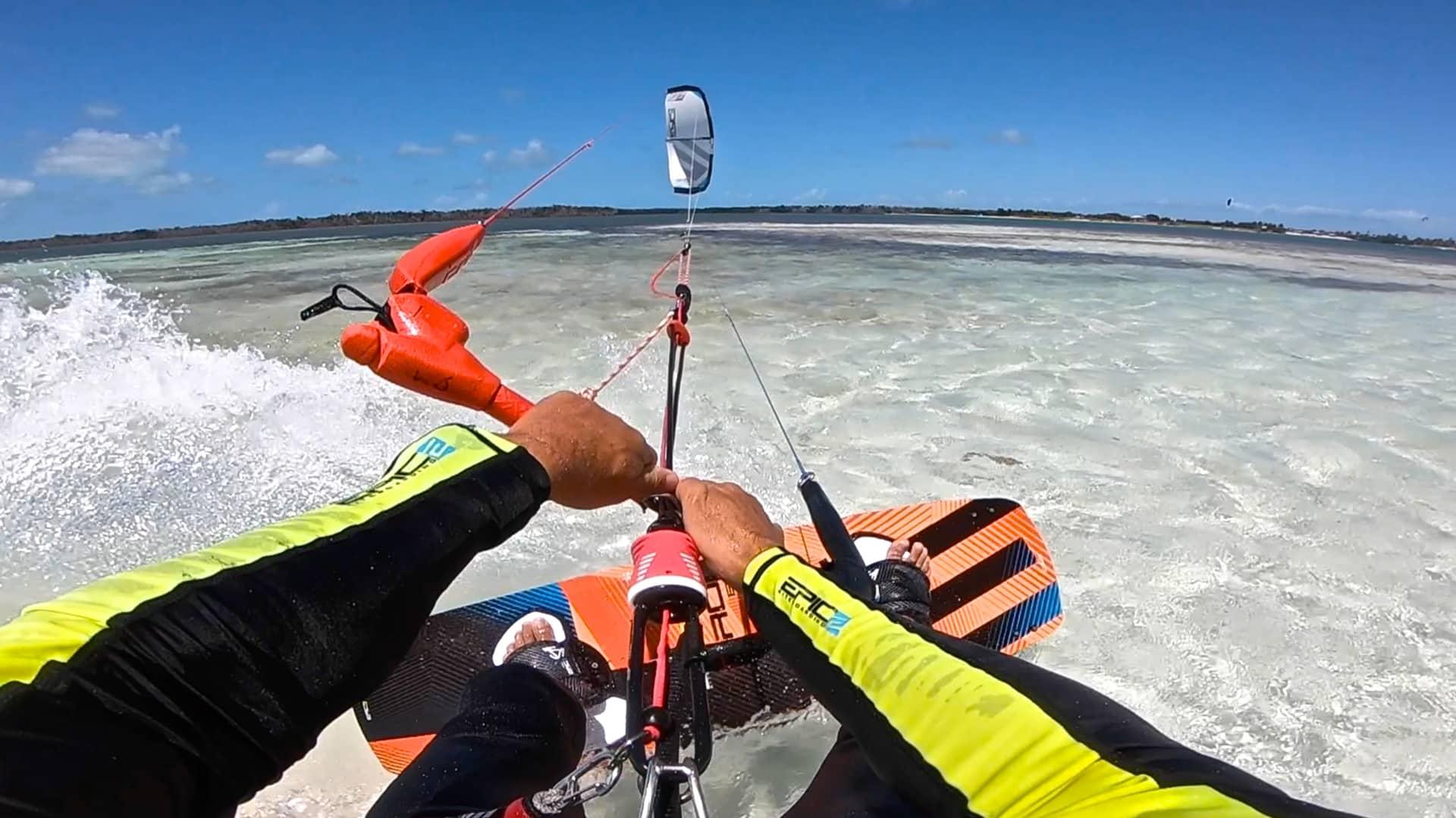Kitesurfer rescues boaters - with Epic Kites Kiteboarding