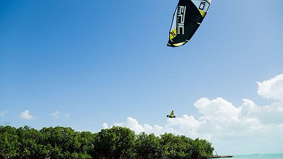 Blind kiter video