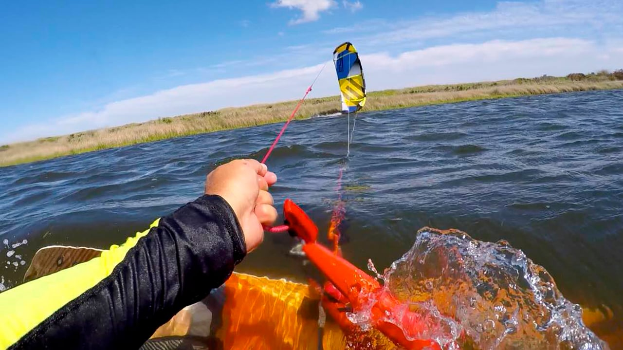 Ways to relaunch in the water after crashing your kite - with Epic Kites Kiteboarding