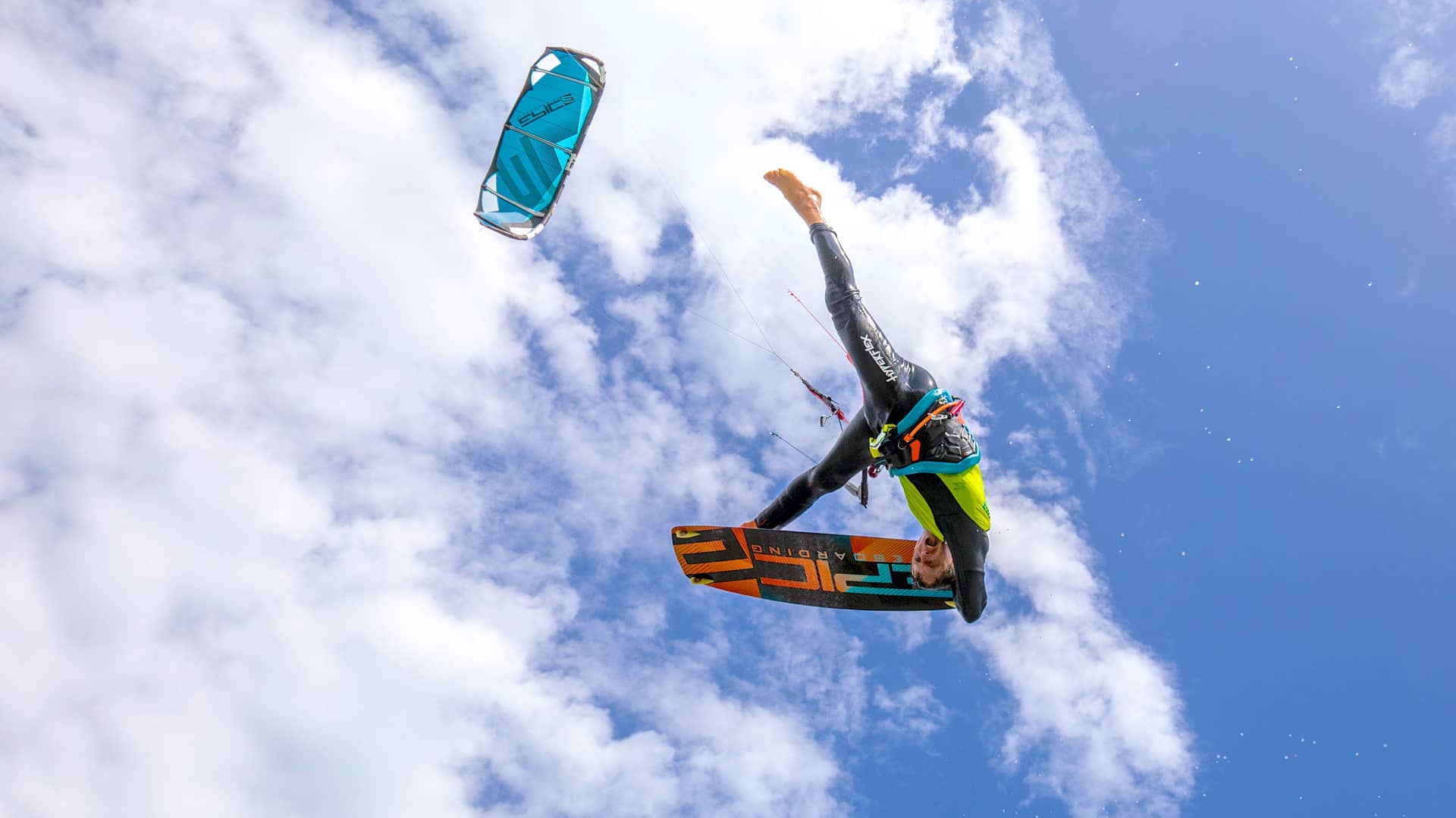 This is what kiteboarding is all about - with Epic Kites Kiteboarding