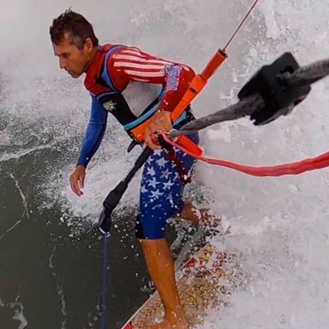 """Having an epic time riding and being chased by some big waves here on the Outer Banks NC (USA). Using the REEF 5'10"""" surf board and the RENEGADE 9 (6G) kite. #surfing #kiteboarding #dimitrimaramenides #epickiteskiteboarding"""